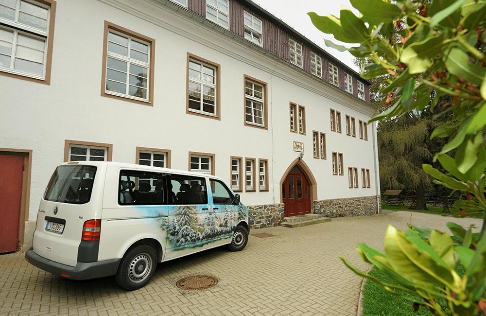 Eingang Kinder- und Jugendwohnen